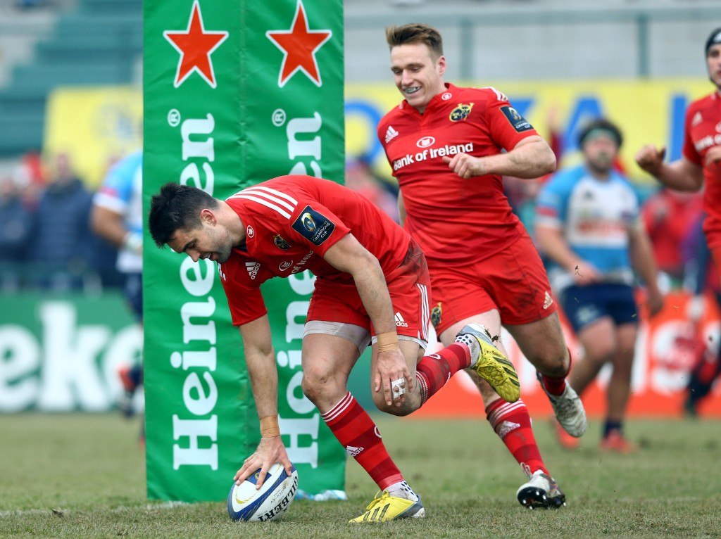 European Rugby Champions Cup Round 6, Stadio Comunale di Monigo, Italy 24/1/2016 Benetton Treviso vs Munster Munster's Conor Murray scores a try Mandatory Credit ©INPHO/Matteo Ciambelli