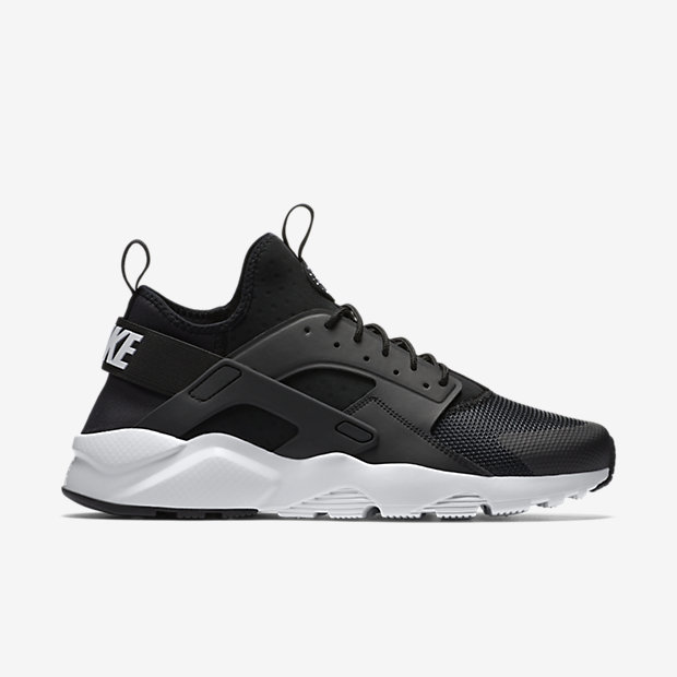 fc09e6bd60a Nike Huaraches Now Available At Life Style Sports