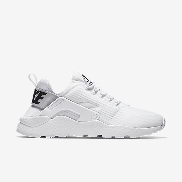 acheter en ligne 7eab6 611ad Nike Huaraches Now Available At Life Style Sports