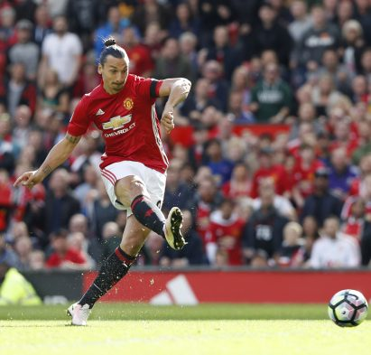 Britain Soccer Football - Manchester United v Stoke City - Premier League - Old Trafford - 2/10/16 Manchester United's Zlatan Ibrahimovic shoots at goal Reuters / Russell Cheyne Livepic EDITORIAL USE ONLY.