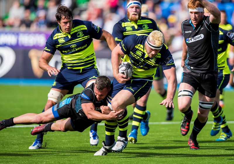 Guinness PRO12, Scotstoun Stadium, Glasgow 10/9/2016 Glasgow Warriors vs Leinster Leinster's Cian Healy is tackled by Simone Favaro of Glasgow Warriors Mandatory Credit ©INPHO/Craig Watson