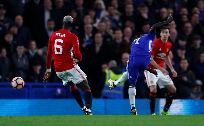 """Britain Football Soccer - Chelsea v Manchester United - FA Cup Quarter Final - Stamford Bridge - 13/3/17 Chelsea's N'Golo Kante scores their first goal Reuters / Eddie Keogh Livepic EDITORIAL USE ONLY. No use with unauthorized audio, video, data, fixture lists, club/league logos or """"live"""" services. Online in-match use limited to 45 images, no video emulation. No use in betting, games or single club/league/player publications. Please contact your account representative for further details."""