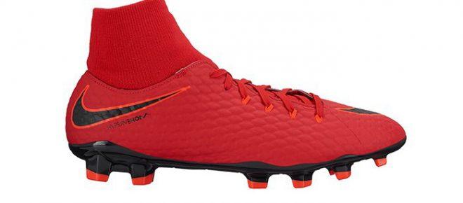 nike hypervenom phelon football boots