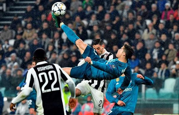 Ronaldo overhead kick Juventus