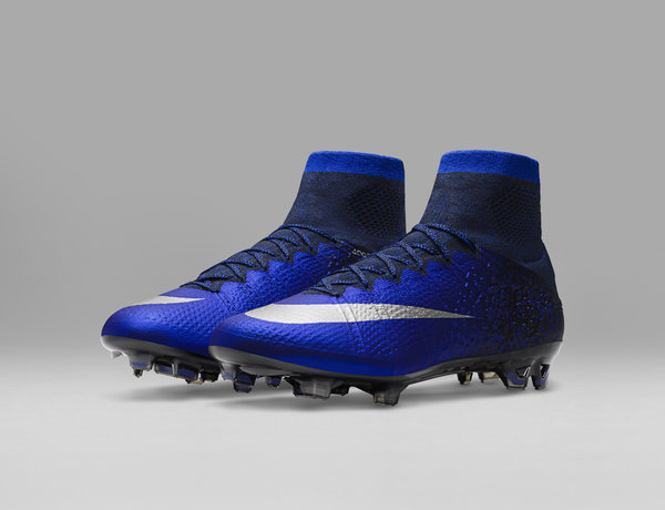 Ronaldo CR7 Chapter 2 Football Boots