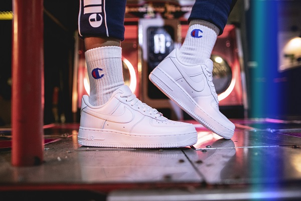 women's white nike air force one's