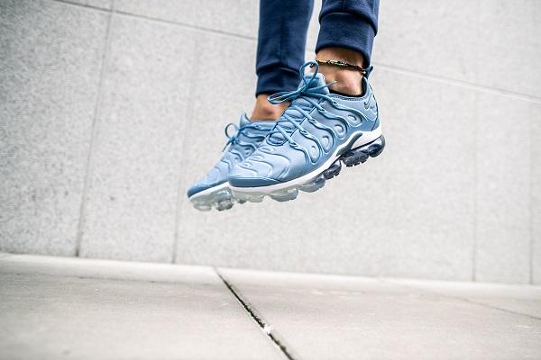 Blue Nike VaporMax Plus
