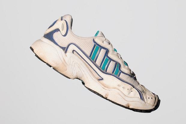 original adidas ozweego